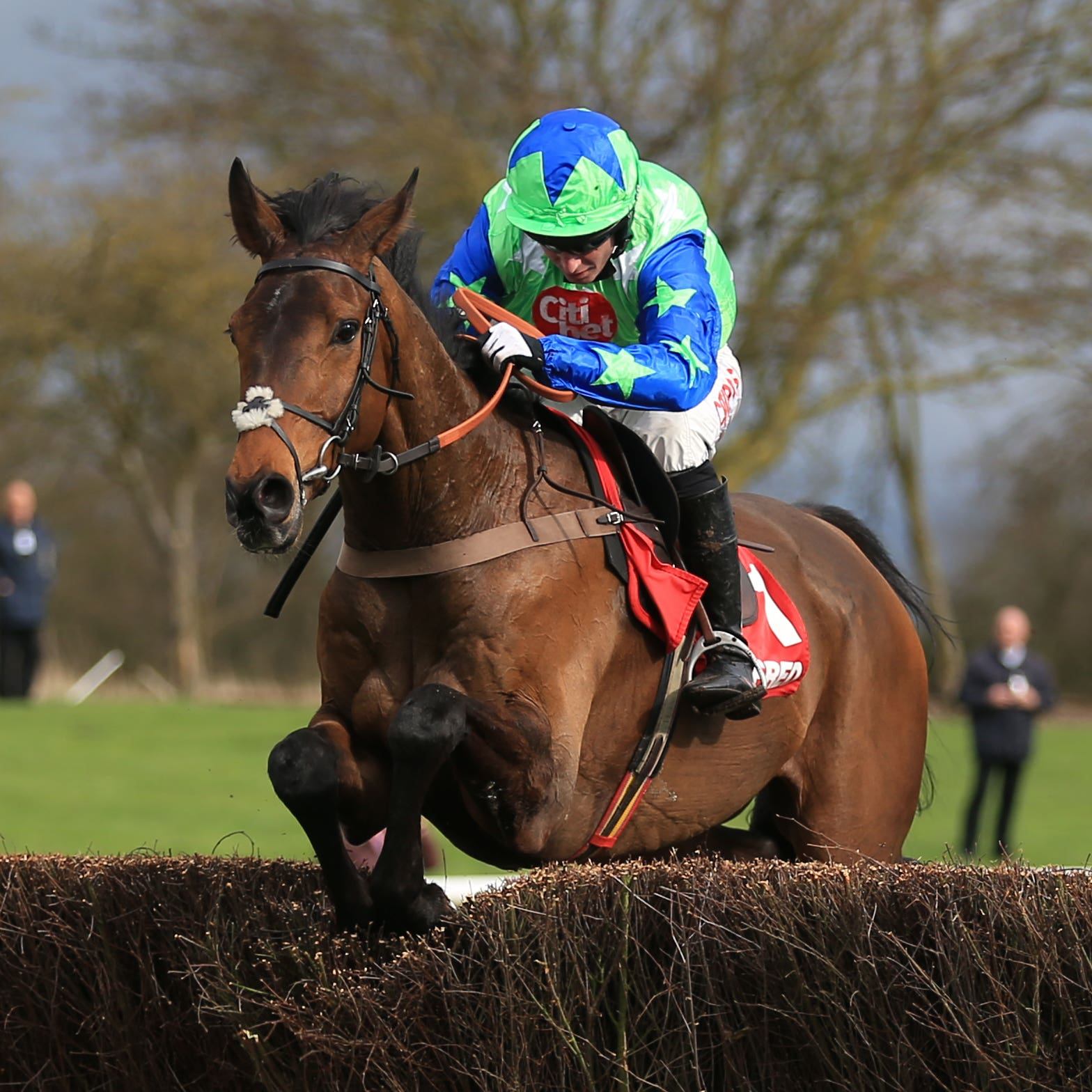 American on his way to winning at Uttoxeter