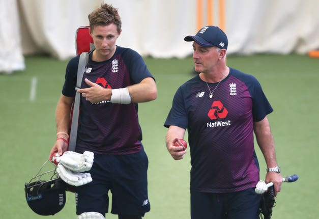 Batting coach Graham Thorpe (right) has urged England to play with confidence