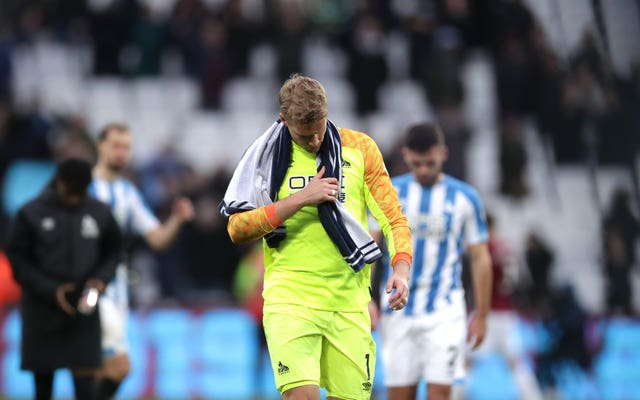Huddersfield goalkeeper Jonas Lossl expects to move on