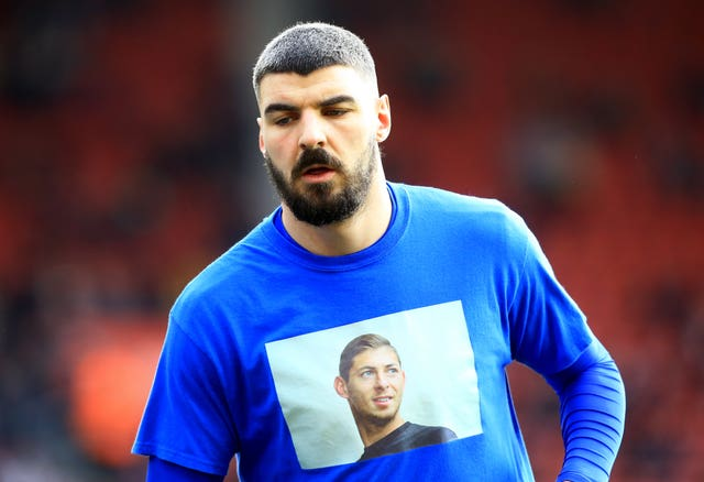 Cardiff players wore a shirt in tribute to late team-mate Emiliano Sala before kick off