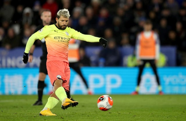 Sergio Aguero misses a penalty at the King Power Stadium