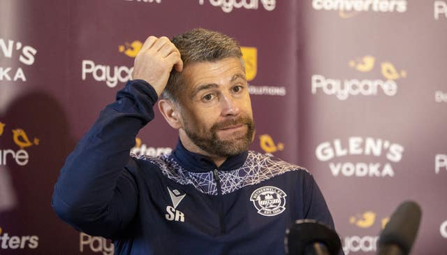 Stephen Robinson expects a better game this weekend