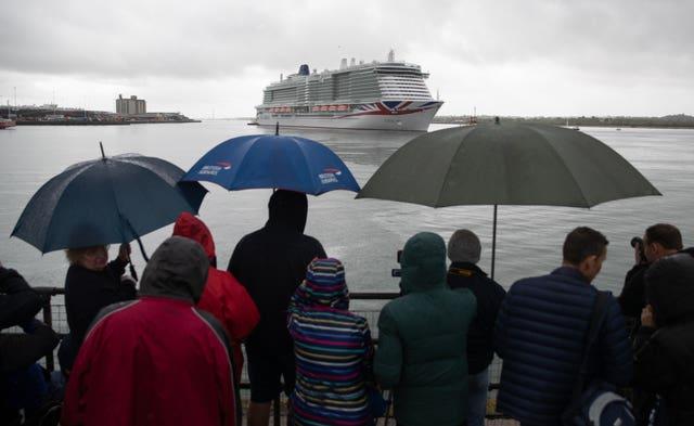 Cruise ship arrives