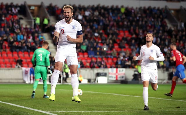 Harry Kane's early goal was not enough for England