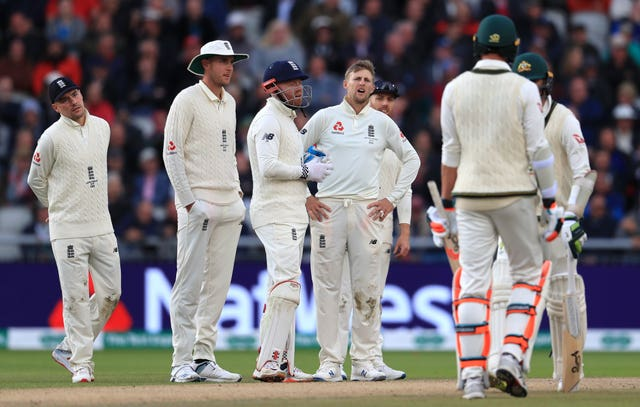 England's players were left scratching their heads