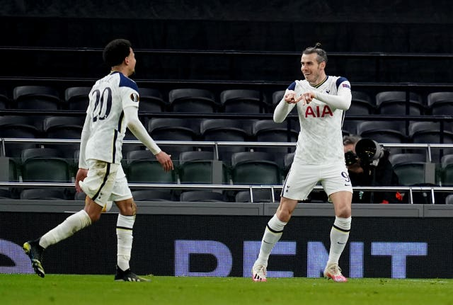 Gareth Bale celebrates his goal with Dele Alli