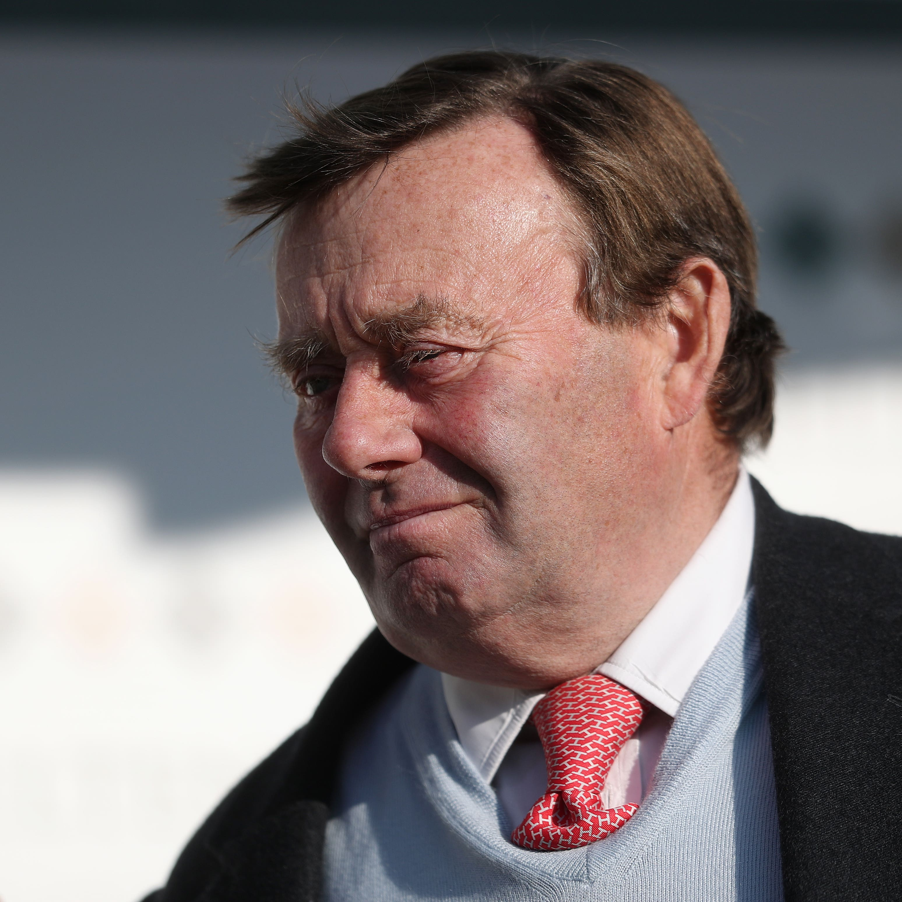 Nicky Henderson among 100 yards placed in lockdown