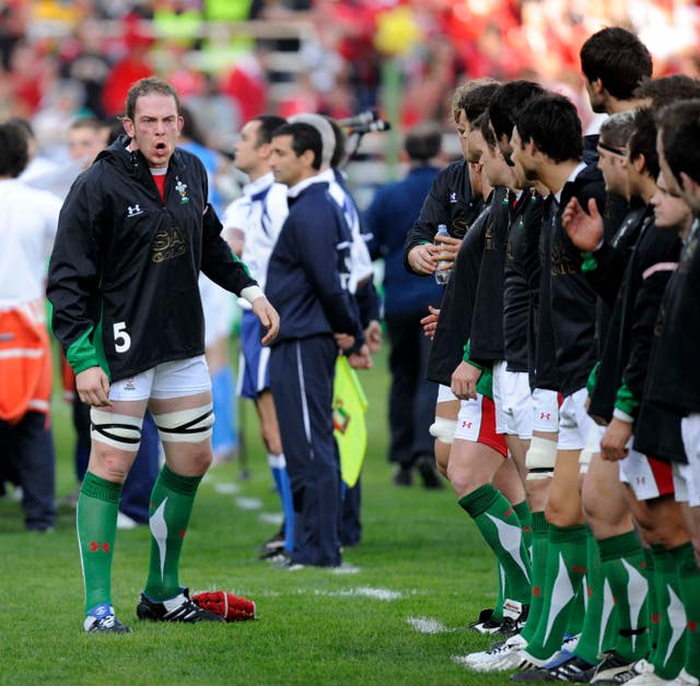 Alun Wyn Jones, left, gives Wales a team talk before a Six Nations game against Italy