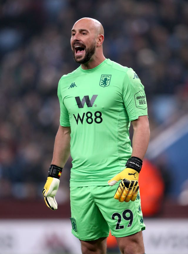 Pepe Reina shouts instructions to the Villa defence