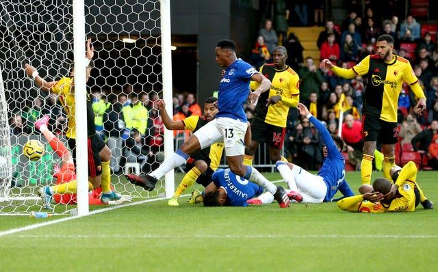 Yerry Mina (centre) starts Everton's fightback