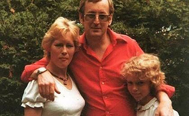 Causley with Carole Packman and daughter Samantha