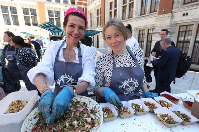 Chefs Thomasina Miers and Anna Jones at the Step Up To The Plate event (Jonathan Brady/PA Wire)