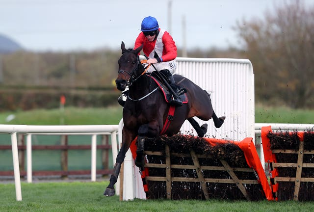 Ballyadam had little trouble in opening his account over hurdles