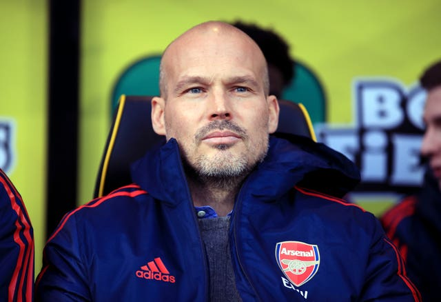 Freddie Ljungberg saw his first game as Arsenal interim manager end in a 2-2 draw