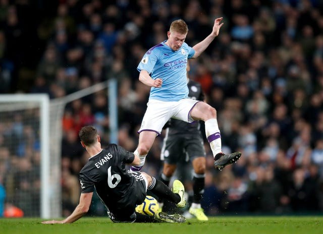 Kevin De Bruyne produced a brilliant performance as Manchester City beat Leicester