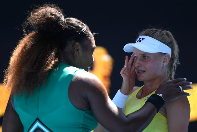 Serena Williams consoled Dayana Yastremska after beating her in the third round in Melbourne