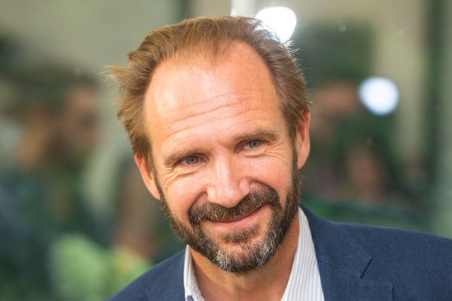 Ralph Fiennes will appear in a play by Sir David Hare