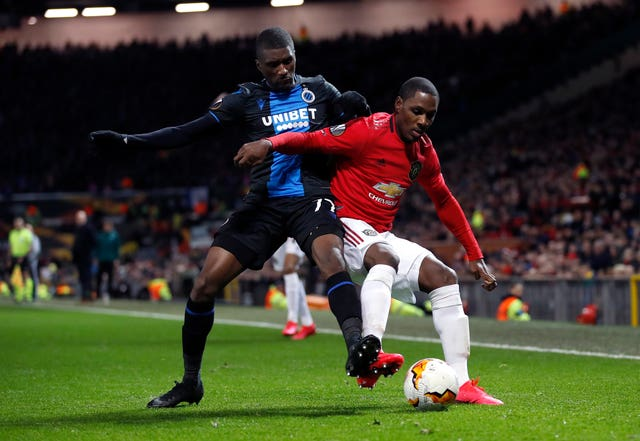 Ighalo battling for the ball