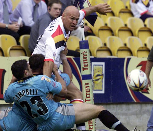 Graham Mackay, top, scored a try and kicked a goal in the 2002 Super League Grand Final for Bradford