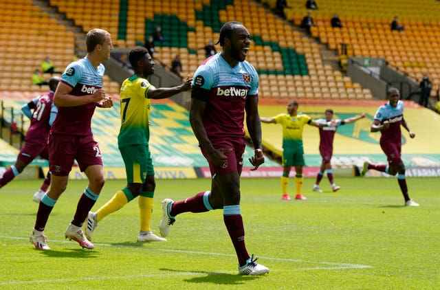 Michail Antonio scored four as the Hammers' eased their own relegation fears