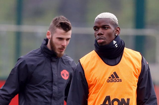 Paul Pogba, right, and David De Gea