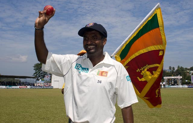 Muttiah Muralitharan reached 500 Test wickets in a series between Sri Lanka and Australia in 2004