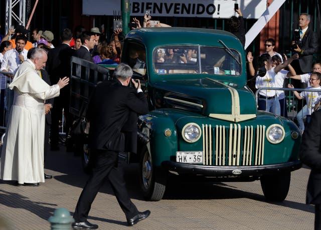 640 Pope Francis Meets Abuse Survivors
