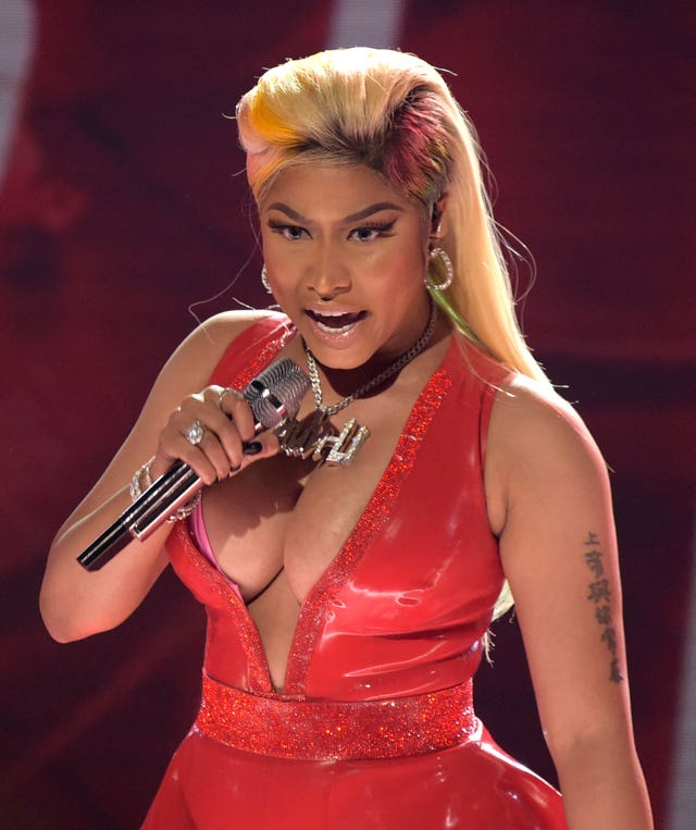 Nicki minaj performance on bet awards premier betting tanzania cross pick