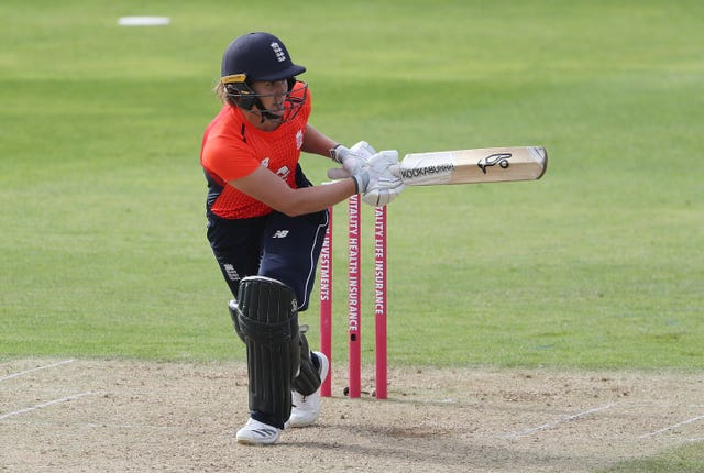 England Women v New Zealand Women – T20 Tri Series – The County Ground