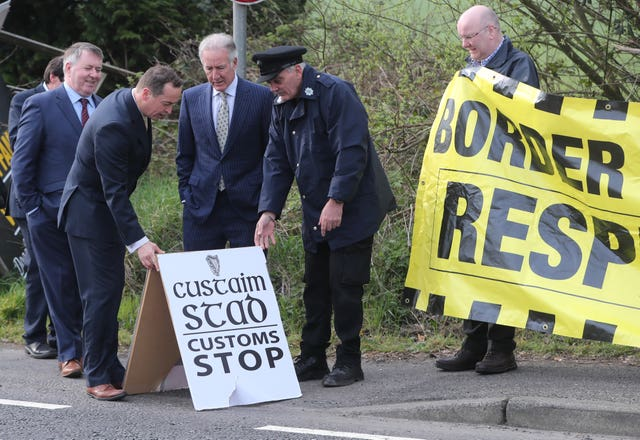 Anti-Brexit protesters at the border