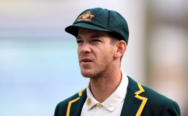 Tim Paine but England in to bat at The Oval