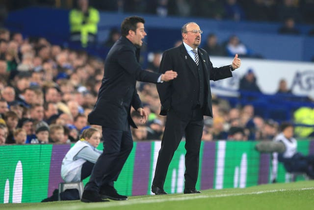 Rafael Benitez and Marco Silva bark out orders on the touchline