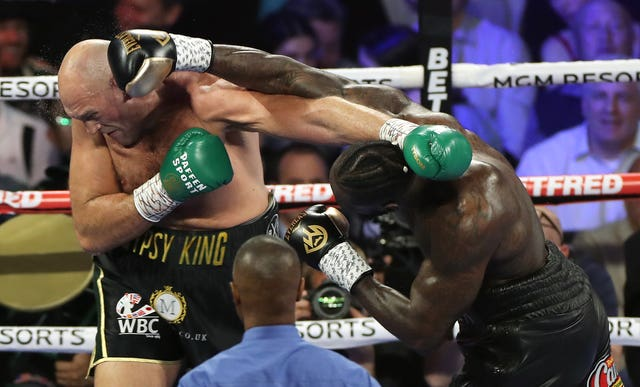 Wilder caught Fury with a big right hand in the early stages