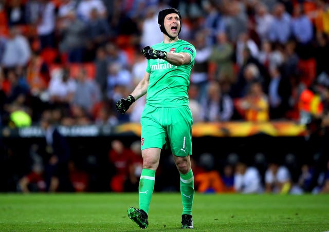 Arsenal goalkeeper Petr Cech is likely to start in Baku