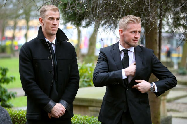 Burnley goalkeeper Joe Hart (left) and Leicester City goalkeeper Kasper Schmeichel at the service