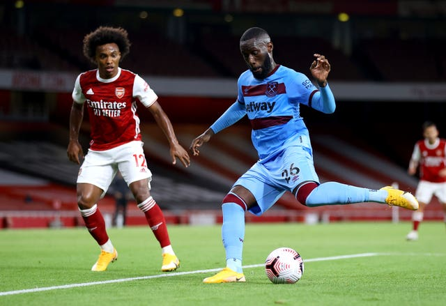 Arthur Masuaku, right