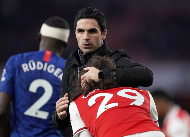Arsenal manager Mikel Arteta consoles Matteo Guendouzi after full-time