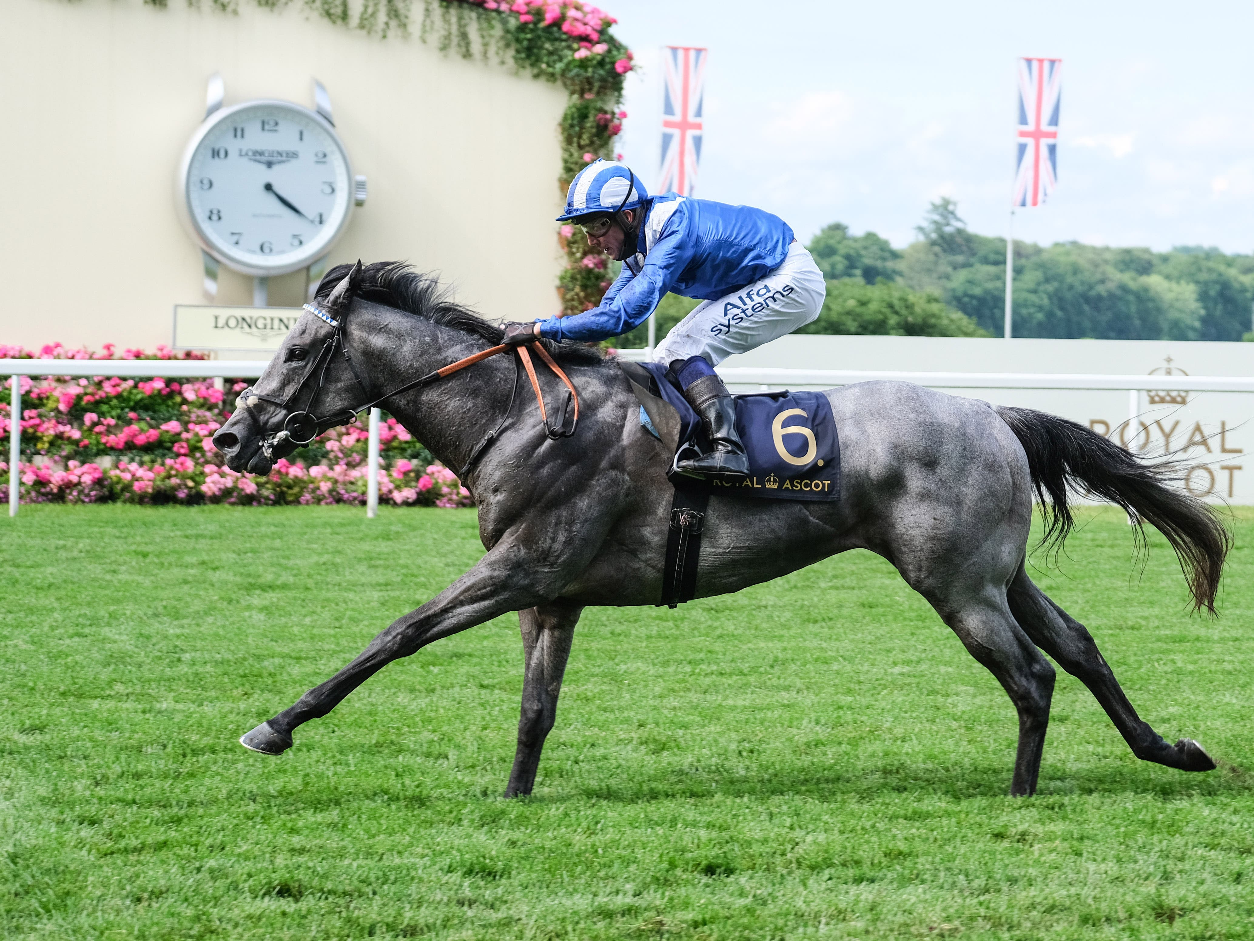 Khaloosy calls time on his rivals with an emphatic victory in the Britannia Stakes at Royal Ascot (Megan Ridgwell)
