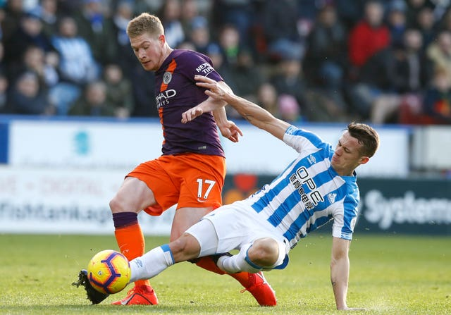 Kevin De Bruyne, left, completed 90 minutes for the the first time this season (Martin Rickett/PA)