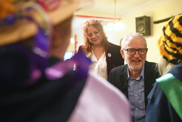 Jeremy Corbyn meets Waspi supporters