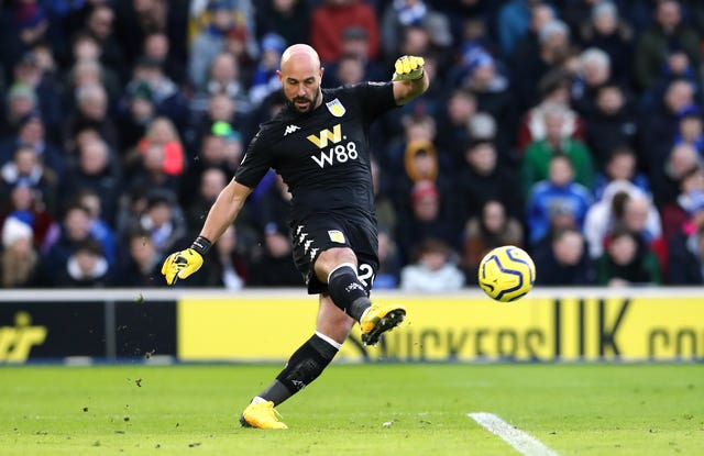 Pepe Reina says he is over the symptoms