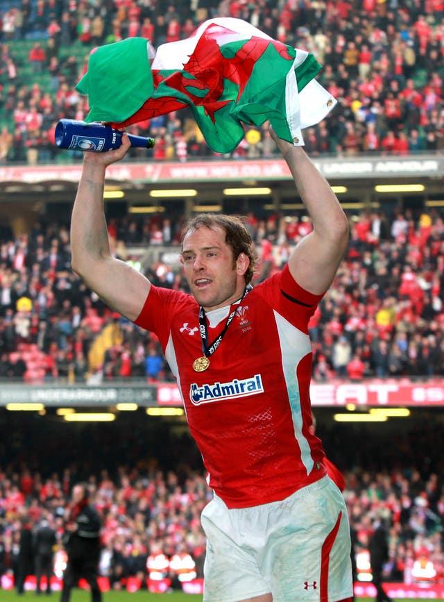 Alun Wyn Jones celebrates Wales' Six Nations Grand Slam win in 2012