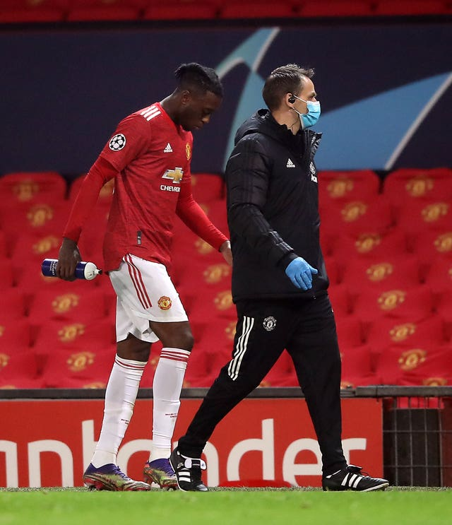 Aaron Wan-Bissaka went straight down the tunnel after being taken off on Tuesday
