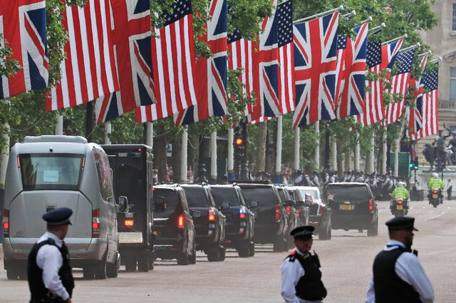 The motorcade makes its way to Clarence House
