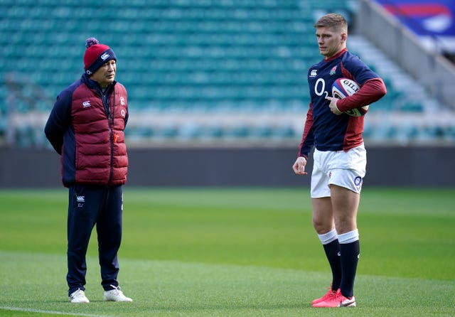 England head coach Eddie Jones and Farrell have a daily dialogue