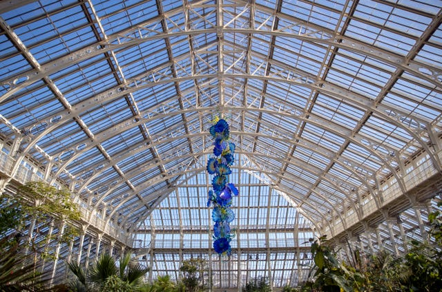 Chihuly at Kew: Reflections on Nature exhibition