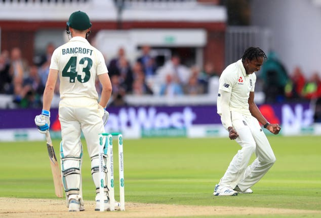 Jofra Archer (right) dismissed Bancroft