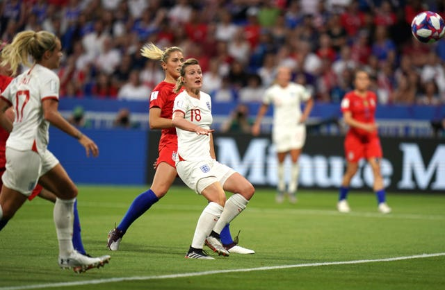 Ellen White equalised for England in the 19th minute