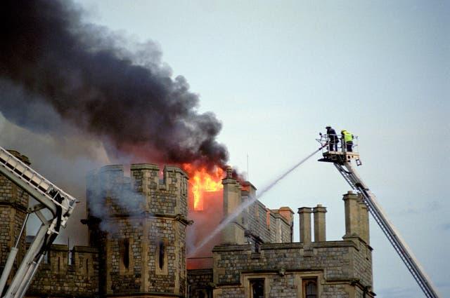 Windsor Castle restored after fire in 1992 - AOL