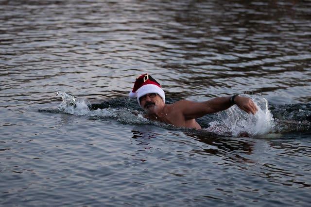 Christmas Serpentine swim 2020